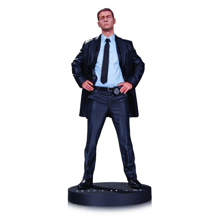 Gotham James Gordon Statue