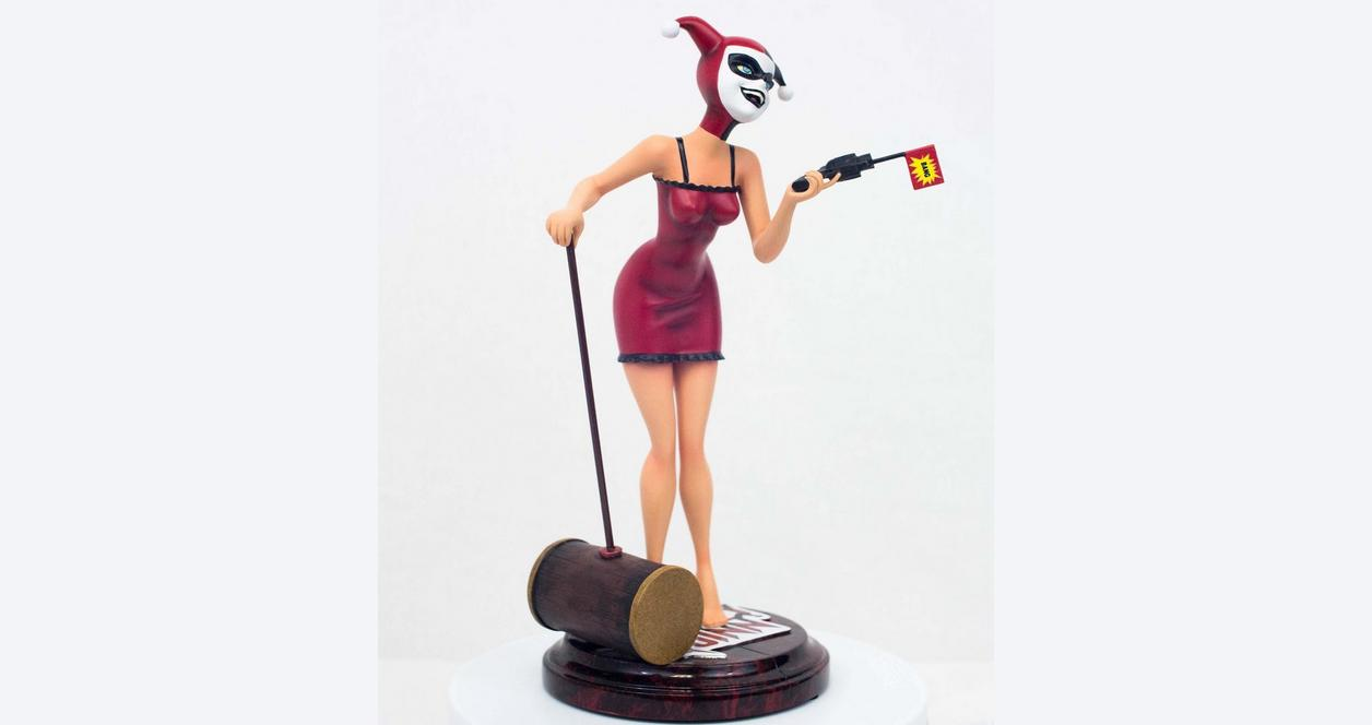 Batman Harley Quinn Mad Love Statue Only at GameStop