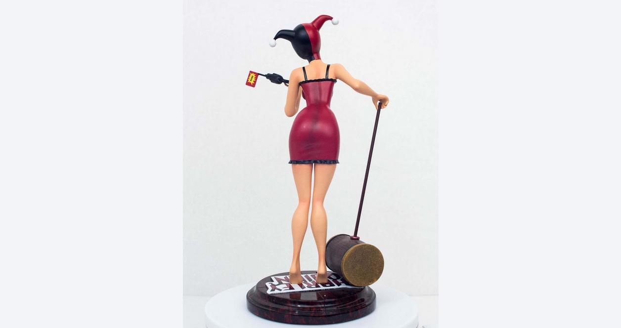 Harley Quinn Mad Love Statue - GameStop Variant - Only at GameStop