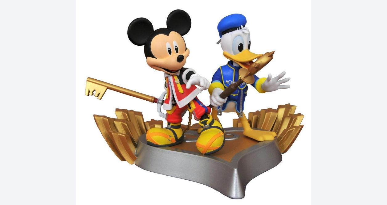 Kingdom Hearts Gallery: Mickey and Donald PVC Statue - Only at GameStop