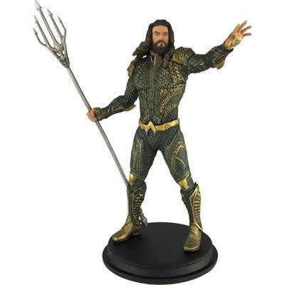 Justice League Movie Aquaman Statue