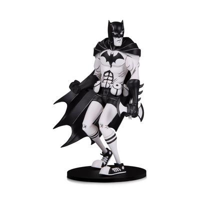DC Artists Alley: Batman by Hainanu 'Nooligan' Saulque Designer Vinyl Figure -Black & White Variant
