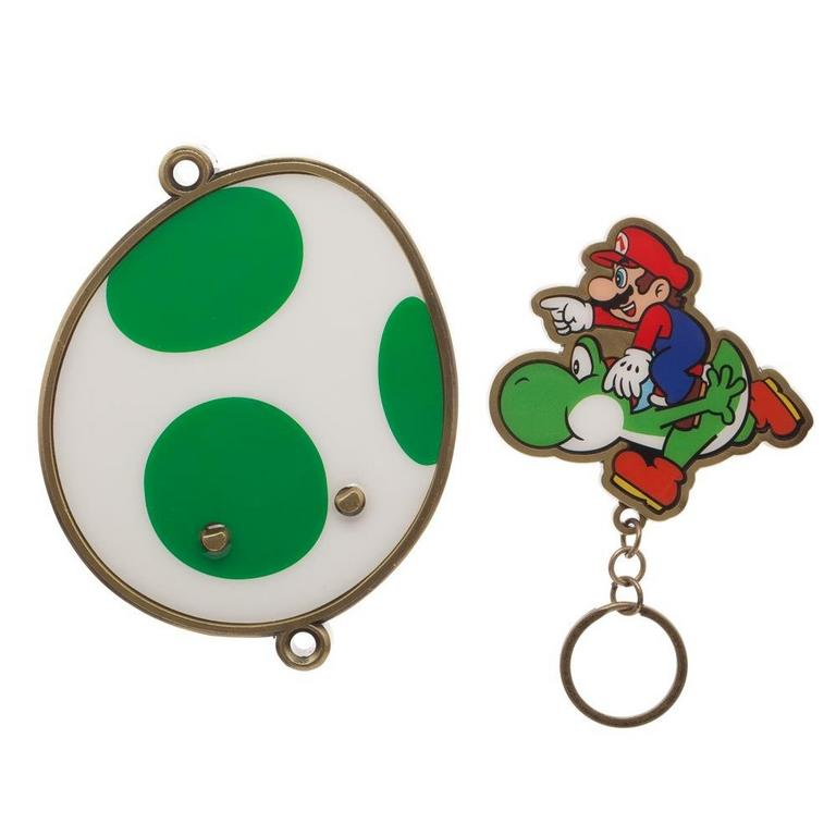 Super Mario Bros Magnetic Keychain