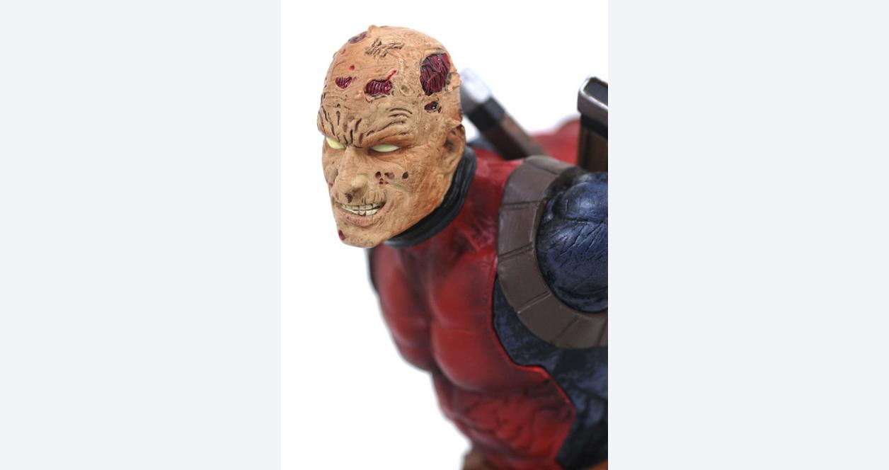 Marvel Gallery Unmasked Deadpool PVC Diorama - Only at GameStop