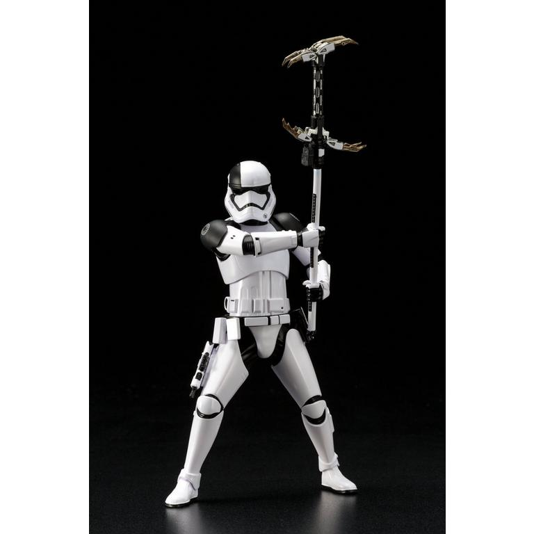 Star Wars: The Last Jedi First Order Executioner ArtFX+ Statue