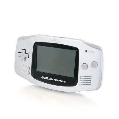 Nintendo Game Boy Advance - Silver (GameStop Premium Refurbished)