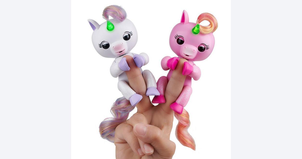 Fingerlings Mackenzie Light Up Unicorn Interactive Figure