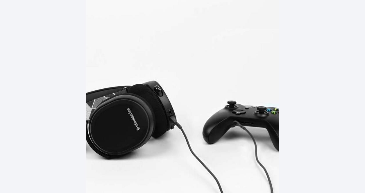 Arctis 3 Console Edition Wired Gaming Headset