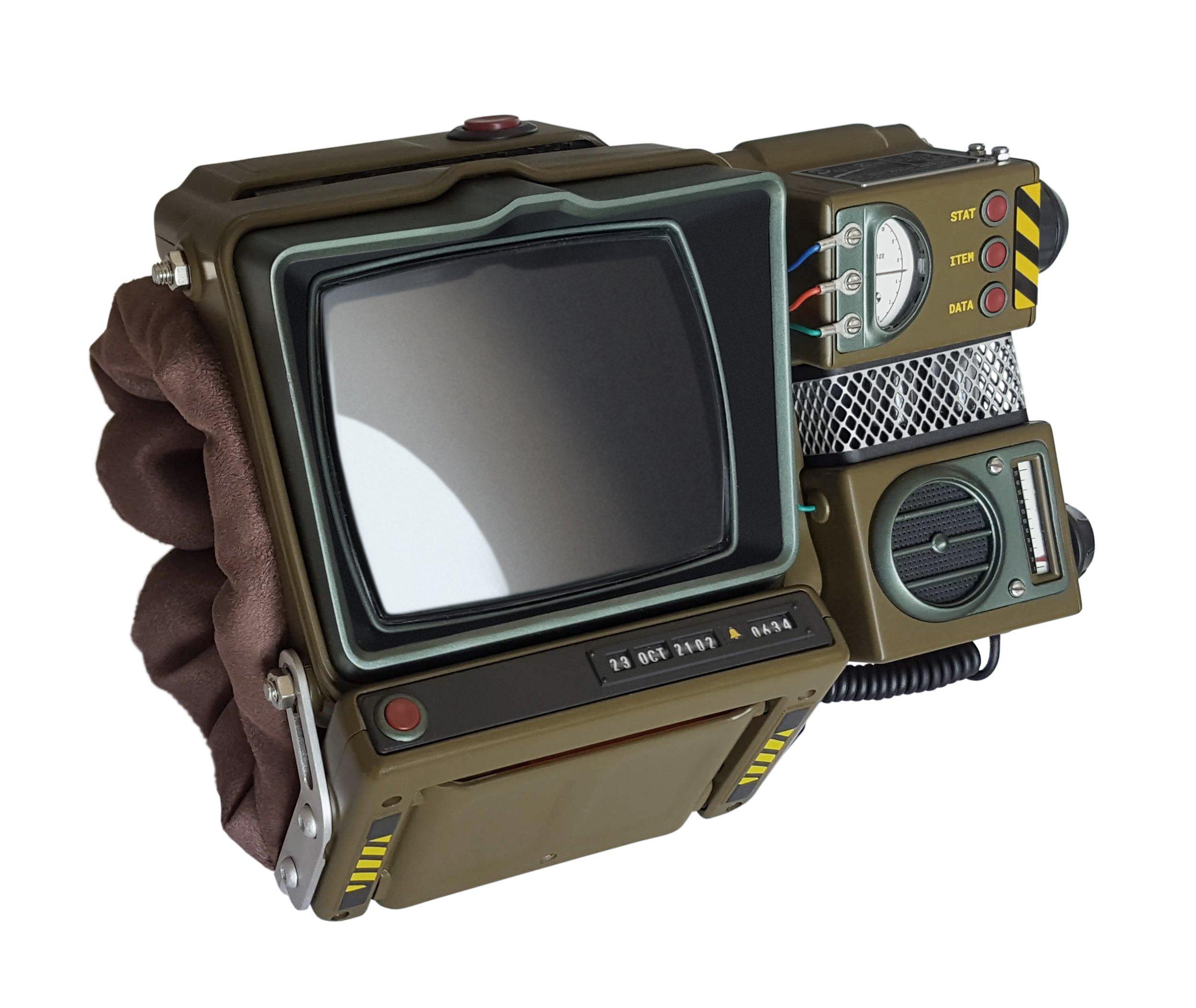 Fallout 76 Pip-Boy 2000 Mk VI Self-Assembly Construction Kit - Only at  GameStop | GameStop