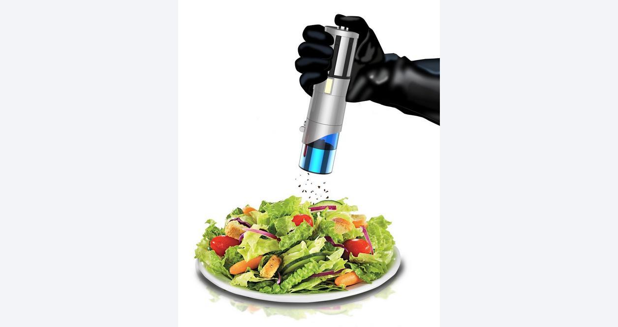 Star Wars Lightsaber Salt and Pepper Mills Set