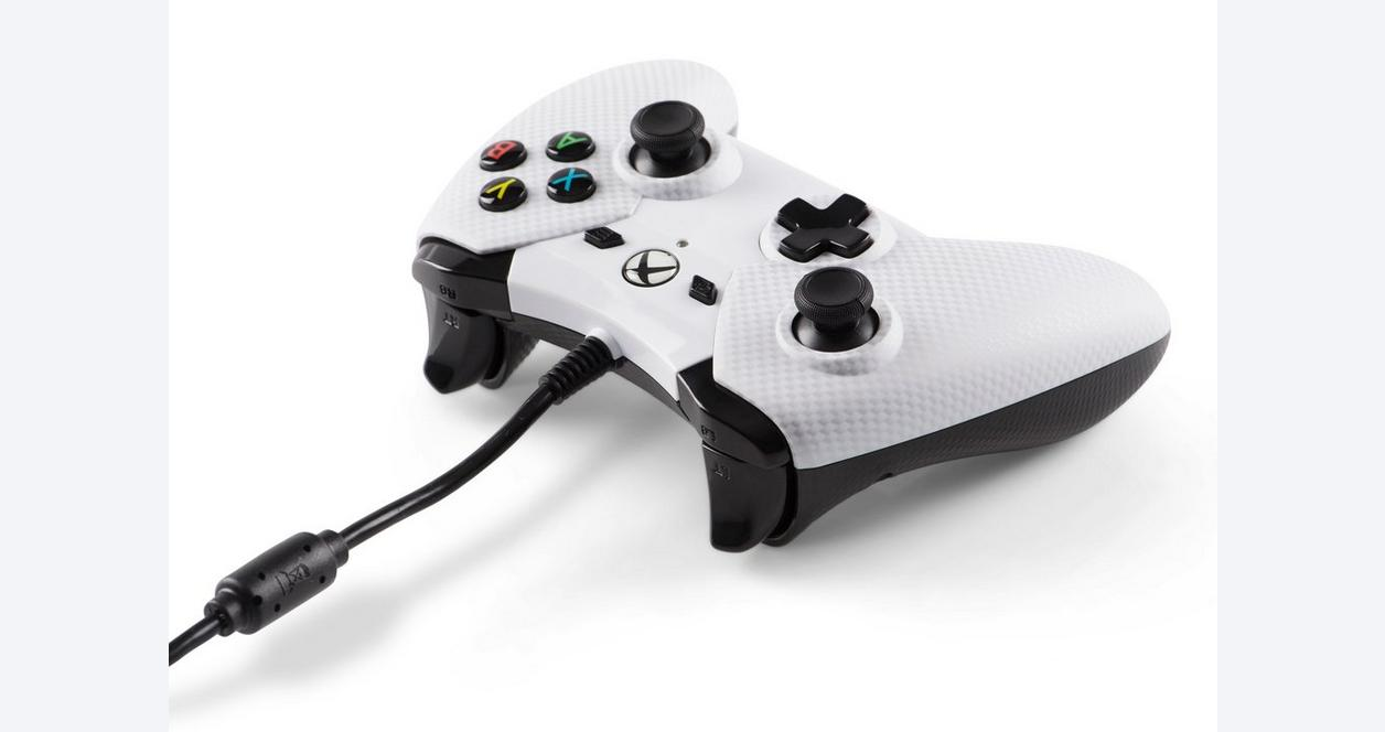 White Carbon Fiber Wired Controller for Xbox One
