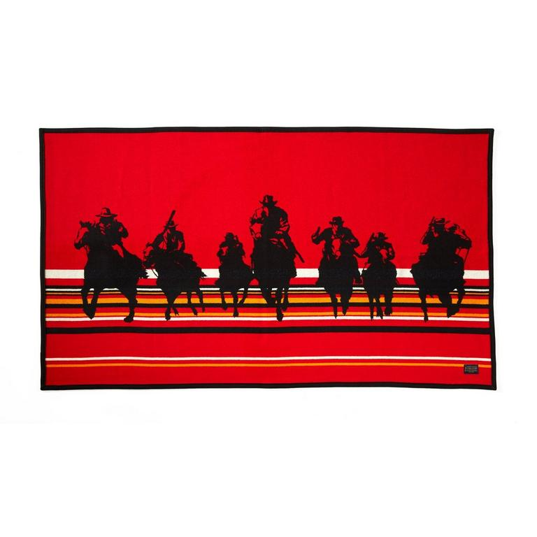 Red Dead Redemption 2 Blanket by Pendleton - Only at GameStop