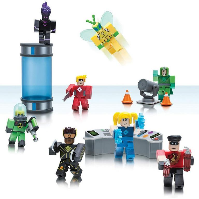 Roblox Heroes of Robloxia Action Figure Set