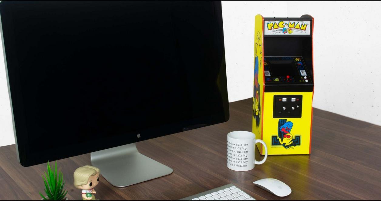PAC-MAN Quarter Arcade Mini Cabinet