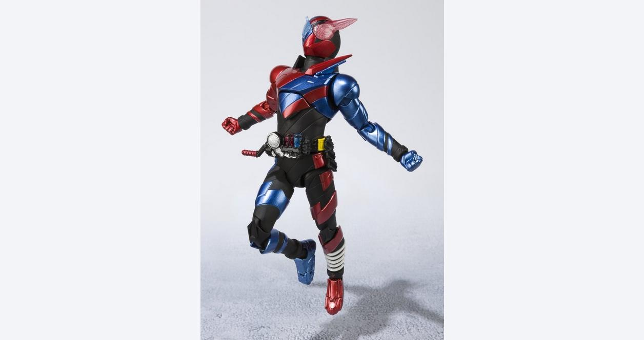 S.H.Figuarts Kamen Rider Build Rabbit Tank Form -20 Rider Kicks Version - Action Figure