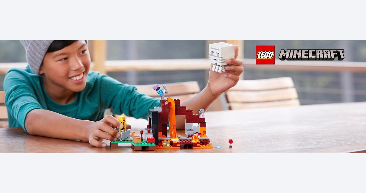LEGO Minecraft The Nether Portal 21143