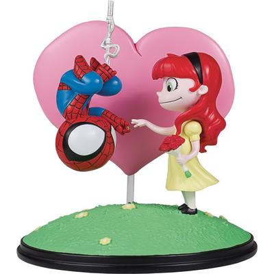 Marvel Spider-Man and Mary Jane Statue
