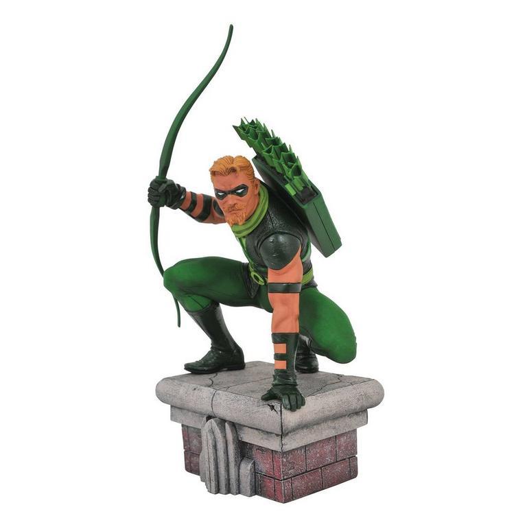DC Gallery Green Arrow Figure