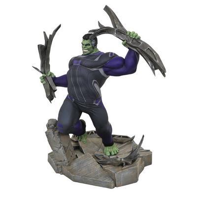 Marvel Gallery: Avengers Endgame - Track Suit Hulk PVC Figure