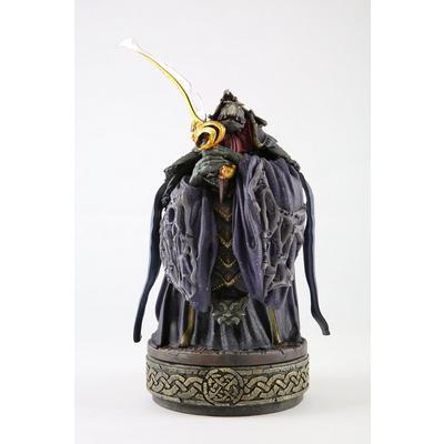 The Dark Crystal Garthim Master Statue
