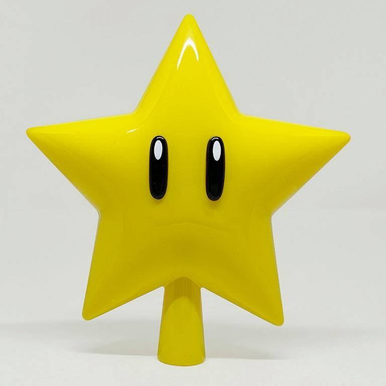 Super Mario Bros. Super Star Light Up Tree Topper