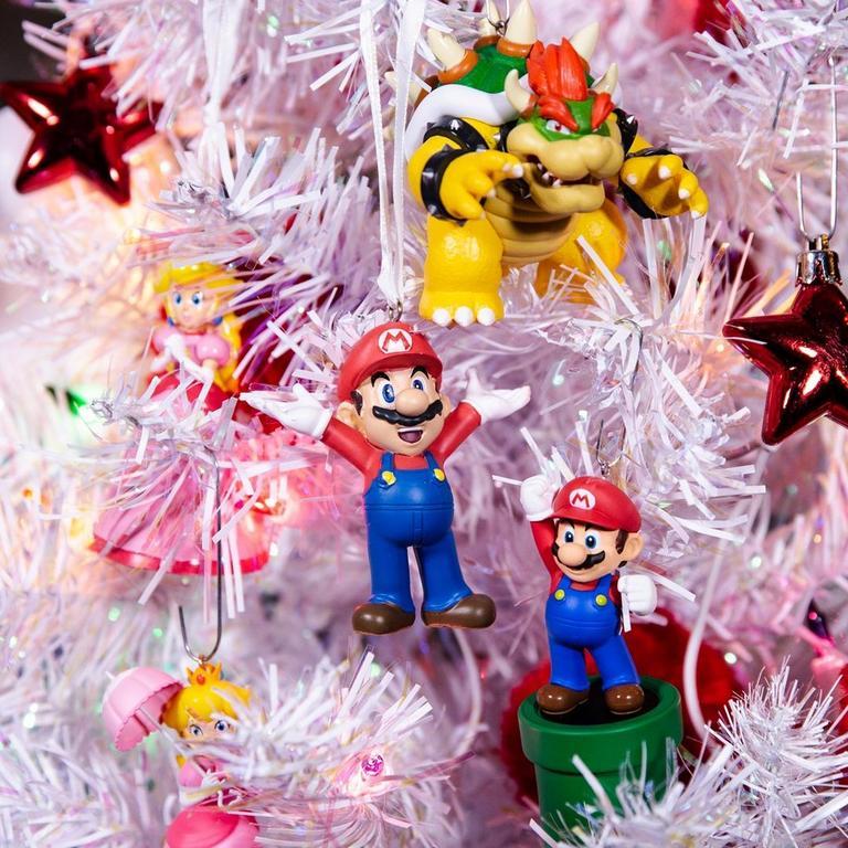Super Mario Bros. Mario and Princess Peach Ornament Set