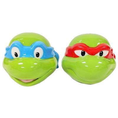 Teenage Mutant Ninja Turtle Leonardo and Raphael Salt and Pepper Shaker Set