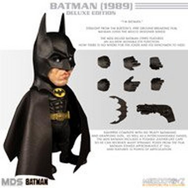 Batman Mezco Designer Series Deluxe Batman 1989 Figure