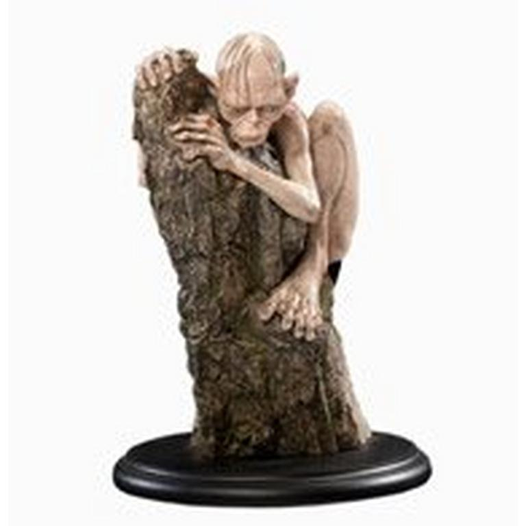 The Lord of the Rings Gollum Statue