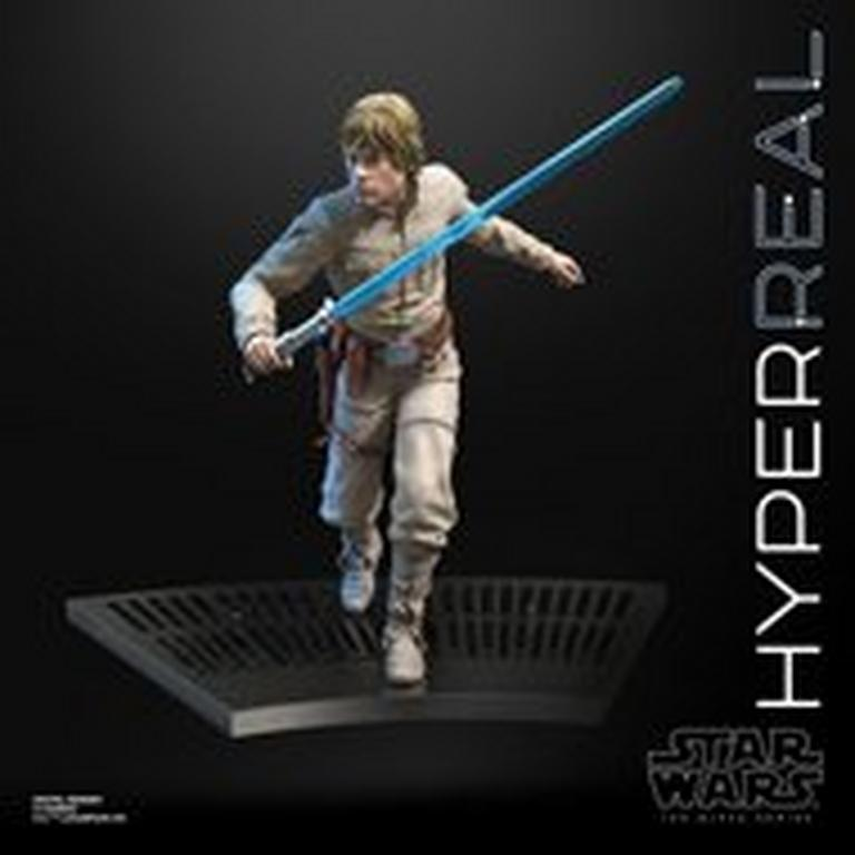 Star Wars Luke Skywalker The Black Series Hyperreal Statue
