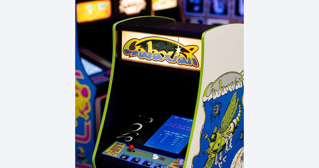 Galaxian Quarter Arcade Mini Cabinet