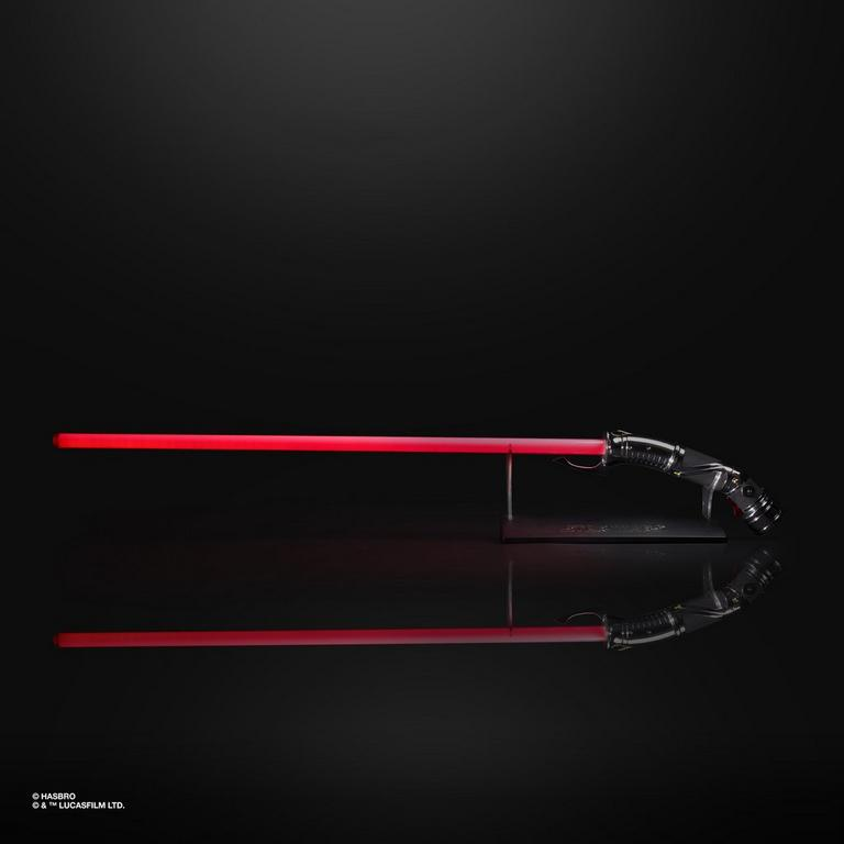 Star Wars: Revenge of the Sith Count Dooku Force FX Red Lightsaber