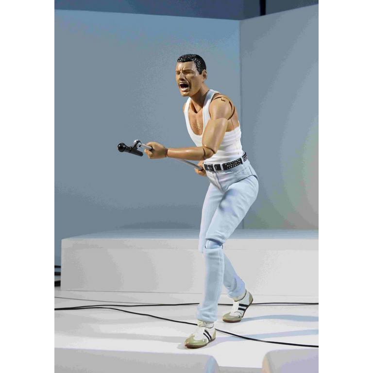 Freddie Mercury Live S.H. Figuarts Action Figure