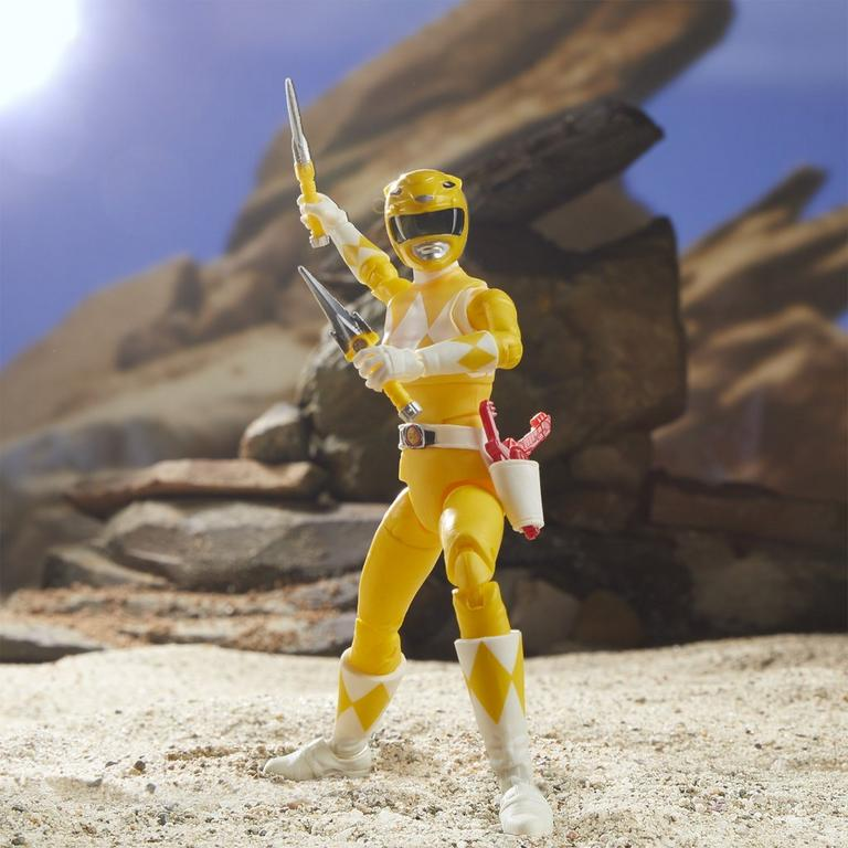 Mighty Morphin Power Rangers Yellow Ranger Lightning Collection Action Figure