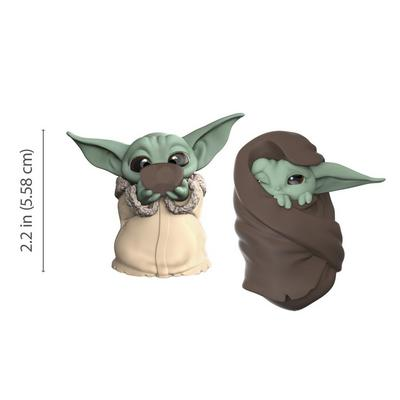Star Wars: The Mandalorian The Child Sipping Soup and Blanket The Bounty Collection Figure 2 Pack